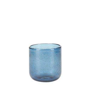 Skønt vandglas med fine detaljer som gør at hvert glas er unikt.Fås i flere farver.